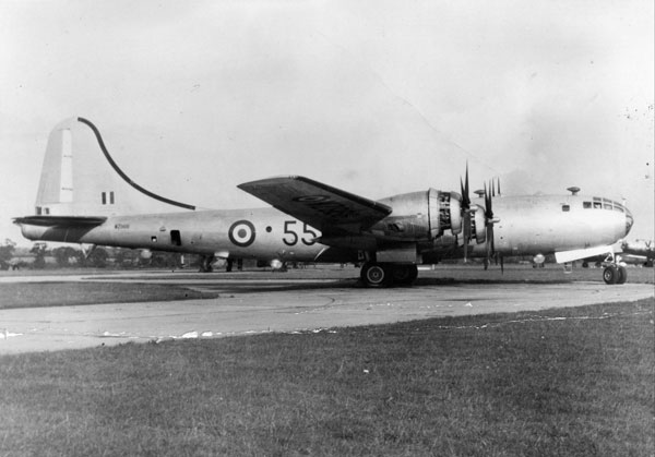 WZ966 on the ground at RAF Watton