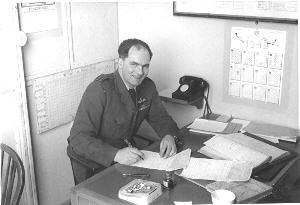 Flight Lieutenant 'Dick' Ferre'. 'B' Flight commander (jets) 527 Squadron. RAF Watton. 1955. The flight commander of 'A' flight (not shown) was Flt Lt John Dean. 'A' flight were the piston engine flight using Varsity aircraft.