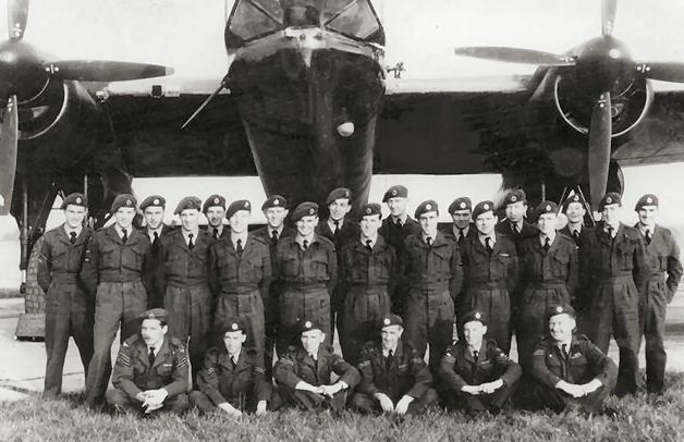 Dev. Sqdn B2 in 1954 or maybe '53.. Joe Hemmings  to the left of the prop on the far right.
